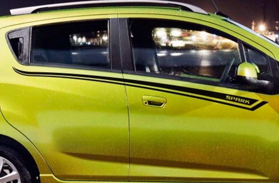 Chevrolet Spark Seitenstreifen Grafik Aufkleber Türlinie Aufkleber