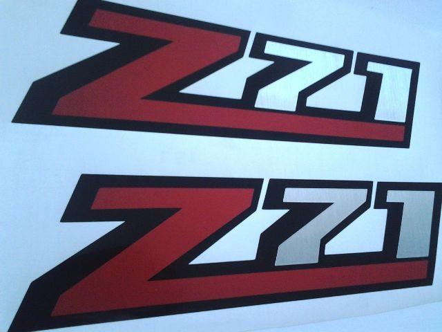 Z71 Aufkleber Silverado Aufkleber (Set) gebürstet Chrom und Rot