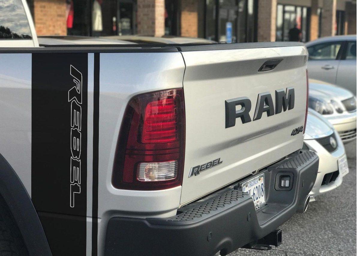 x2 Dodge Ram Rebel 1500 5,7 L Aufkleber Seitenstreifen Vinyl Aufkleber Hemi Graphics