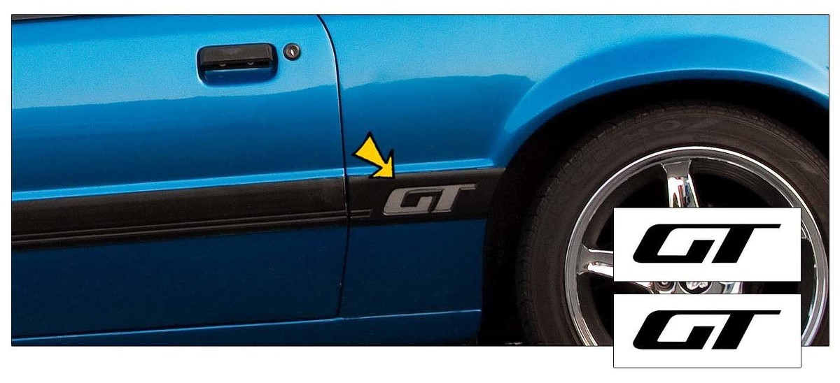 1985-1986 Ford Mustang GT Front of Quarter Panel Body Moulding Moldings Pair