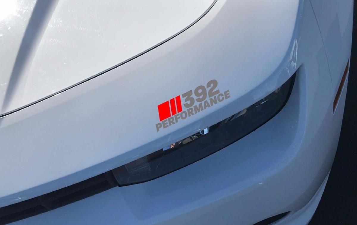 392 Performance Scheinwerfer Aufkleber Dodge Challenger Ladegerät HEMI SRT Rot und Silber