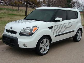 2008-2016 Kia Soul Cat Graphic Kit