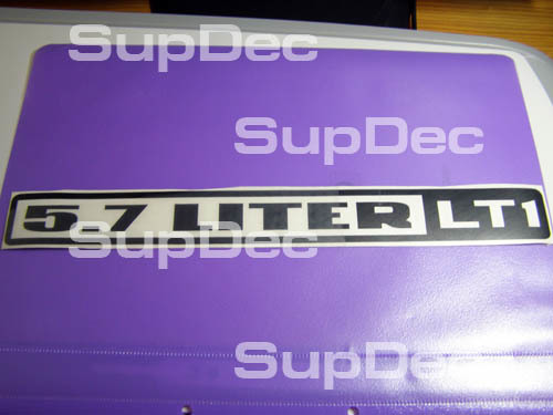 2 5,7-Liter-Haubenaufkleber LT1