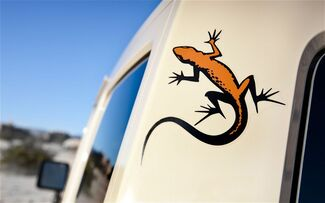2 Jeep MOJAVE Gecko Wrangler Rubikon CJ TJ YK JK XJ Vinyl Stick
