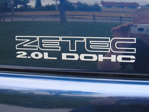 2 ZETEC 2.0L DOHC Emblem Aufkleber 1997-2002 Ford Escort ZX2 97-02